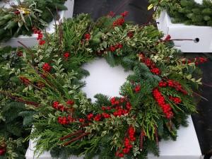 graff.gardens.winter.wreath.2