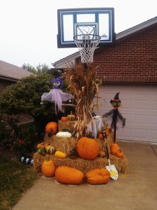 2013-residential-fall-display-3-graff-gardens